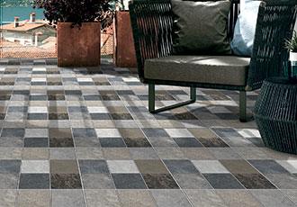 outdoor floor tiles cubix azul>