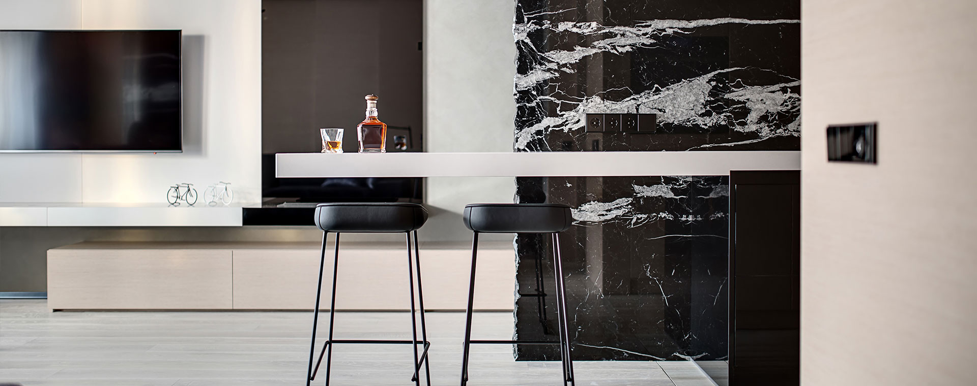kitchen countertops & marble flooring